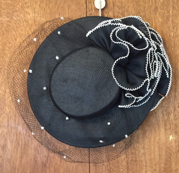 Vintage Sonni Of San Francisco Black Veiled Hat w/