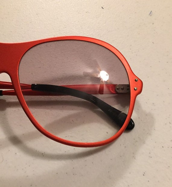 Vintage 70s Red Metal Sunglasses One Piece Front … - image 2