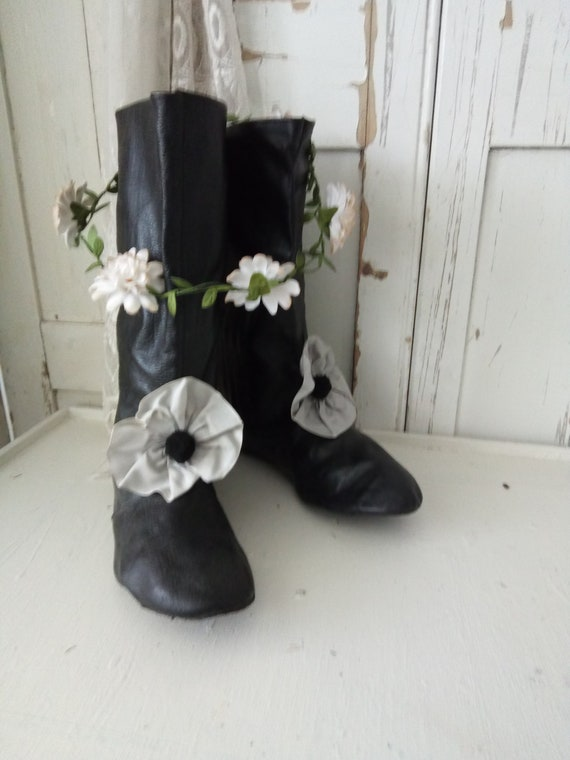 Lovely antique costume boots, ballet boots, pierro