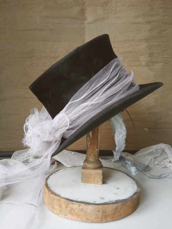 Antique Top Hat, Chapeau Claque, 1900, Circus Hat,