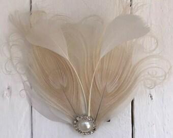 Ivort cream Feather & Pearl Fascinator