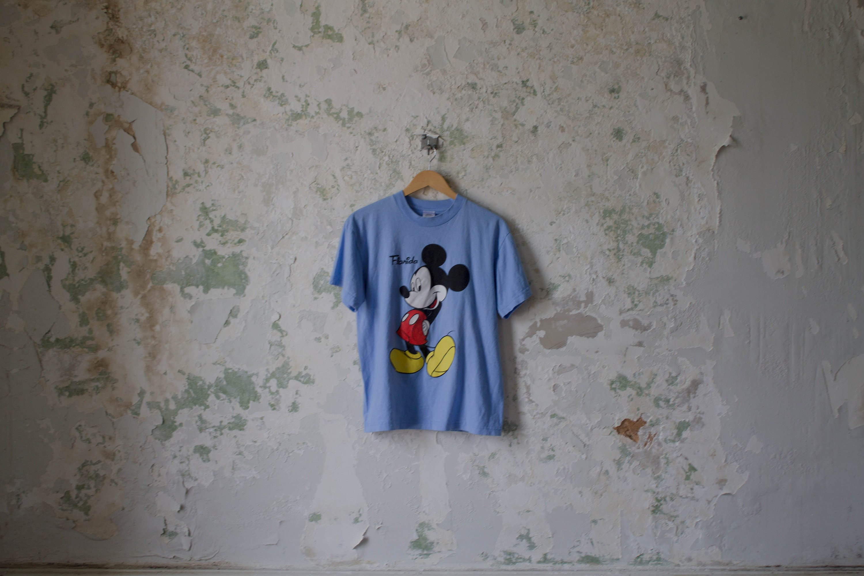 Vintage Mickey T-shirt Mickey Mouse 1980s 80s Disney Blue  4a3c30a262a