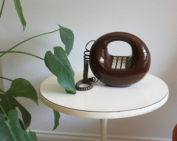 Fabulous Vintage Chocolate Donut Brown Sculptura Touch Tone Telephone