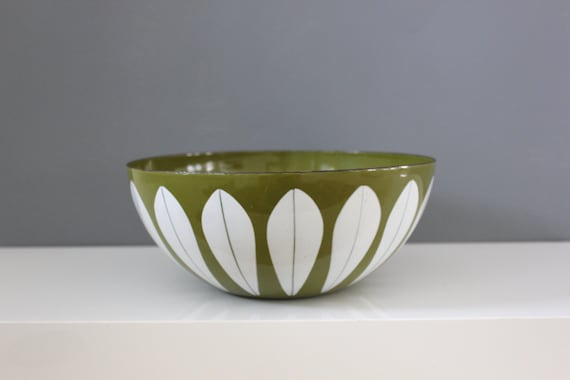 Cathrineholm Norway Green Lotus Bowl 9.5""