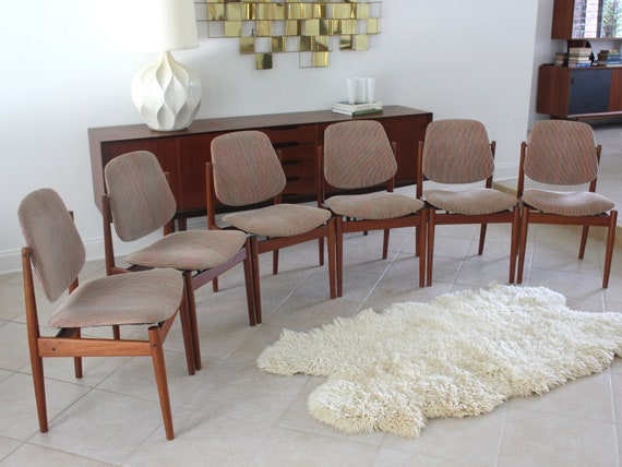 Set of Six Danish Teak Dining Chairs by Arne Vodder Model 203