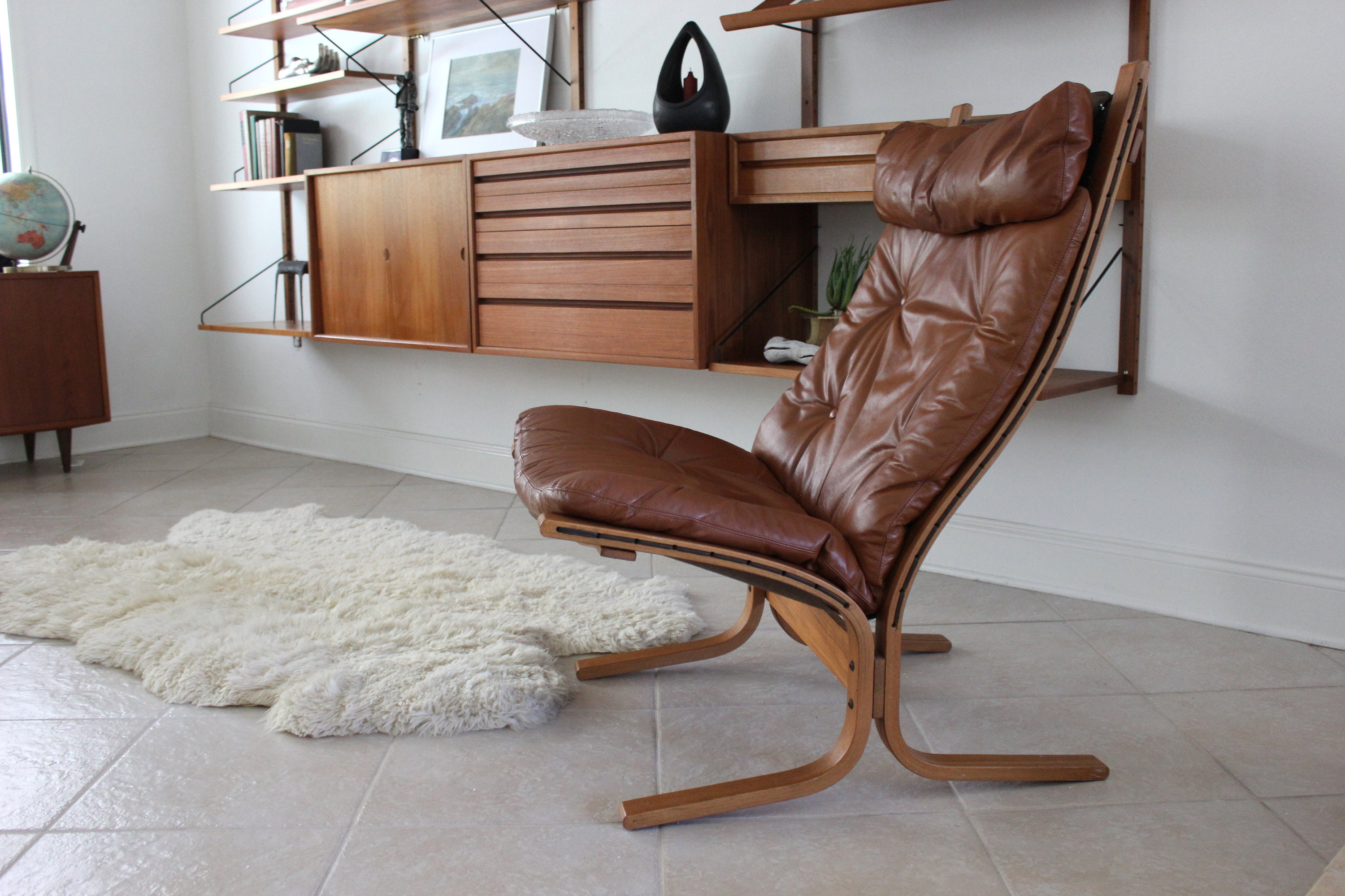 Peachy Mid Century Modern Westnofa Tan Leather Siesta Chair By Gmtry Best Dining Table And Chair Ideas Images Gmtryco