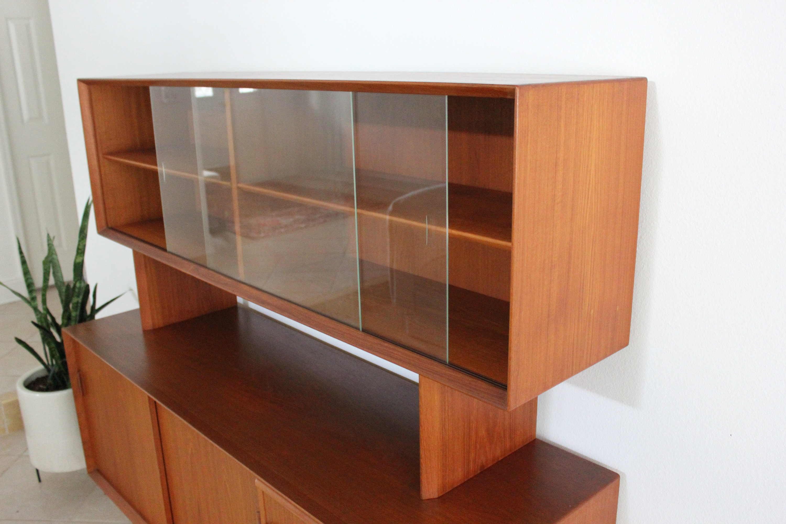Danish Credenza Hutch : Hold for ko do not purchase danish modern teak credenza with