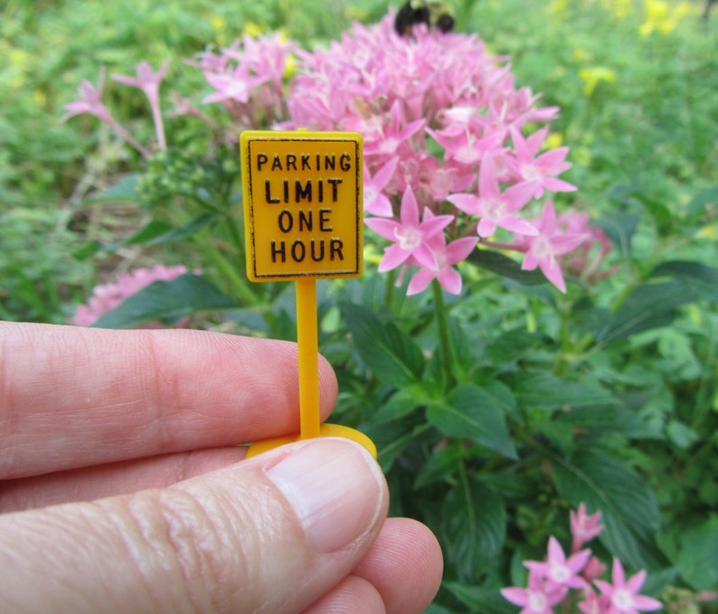 Miniature Parking Sign Plasticville
