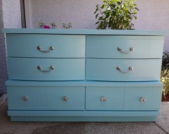 Sold Beautiful Vintage Bassett Furniture Dresser