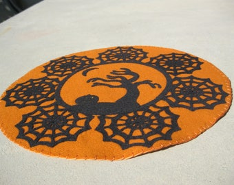 PDF Pattern: Blustery Halloween Penny Rug, Instant Download, Autumn / Fall Decoration. Wool, Wool Felt, Applique.
