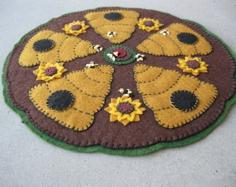 PDF Pattern: Beehive Penny Rug, Instant Download, Summer / Fall Decoration. Wool, Wool Felt, Applique.