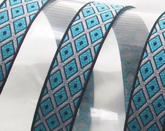 Diamond Dogs Lead in Blue or Purple, luxury dog collar, luxury dog leash, dogs, pets, diamonds, geometric