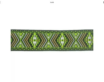 Inca Green Lead, Inca Green Collar, luxury dog collar, luxury dog leash, jacquard ribbon, dogs, pets, Scottish Borders