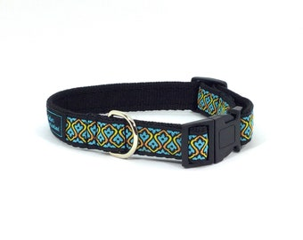 Rowley Collar in Blue or Pink, handcrafted, luxury dog collar, dogs, pets, made in Scotland, jacquard ribbon