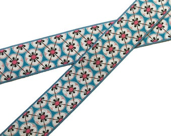 Flower Trellis Lead in Pink, Blue or Green