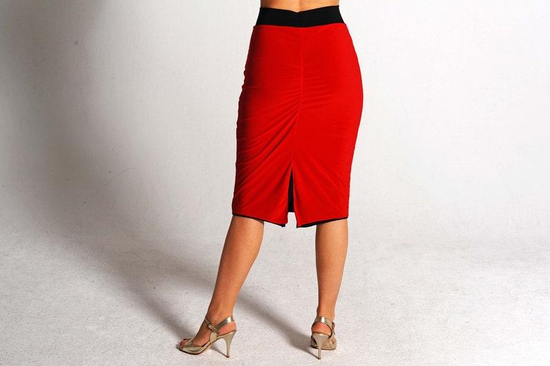 9ab6725c916 XSSM   CLARA Reversible red  black skirt with slit tango