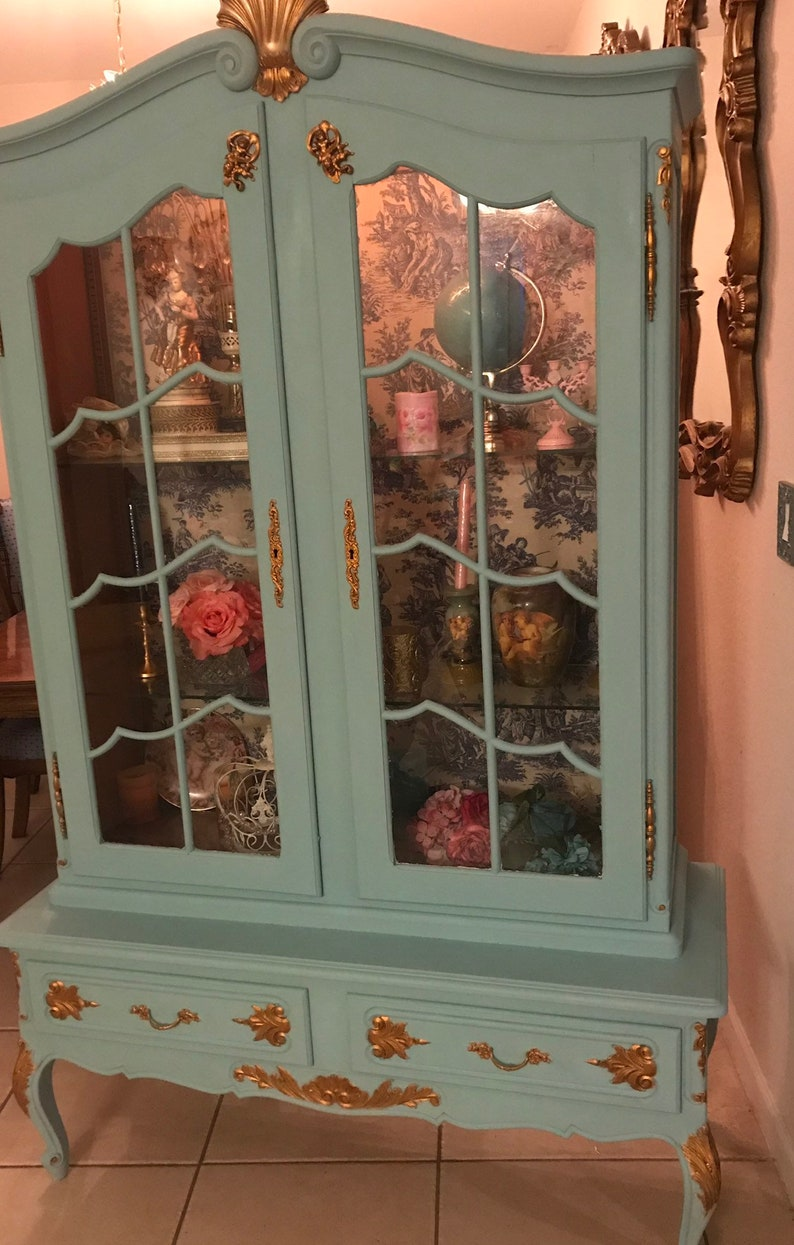 Antique China Hutch >> Absolutely Gorgeous Antique China Hutch With Toile Fabric