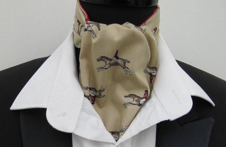 Mens Gold Beige with Racing Horses Cotton Ascot Cravat /& Pocket Square