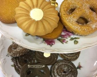 Assorted Danish Butter Cookie Brooch