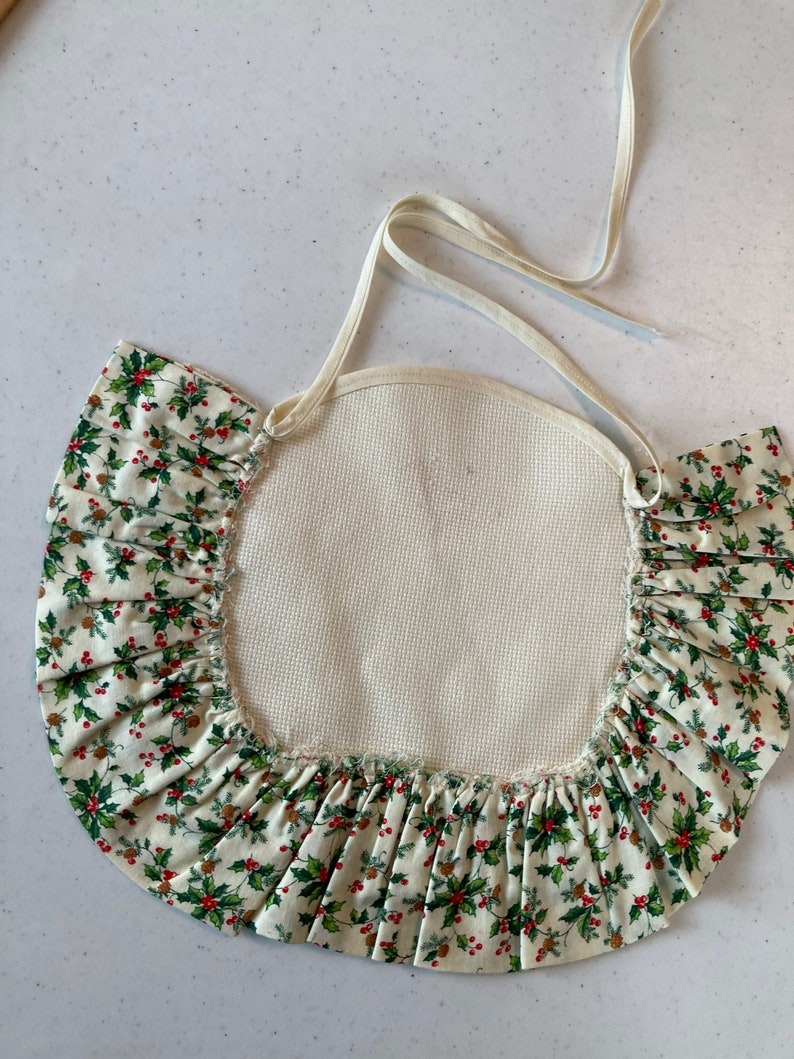 Christmas Cross Stitch Blank Liner Topper Bib with Calico and Cluny Crochet Lace Trim 14 ct Ivory Aida New Vintage