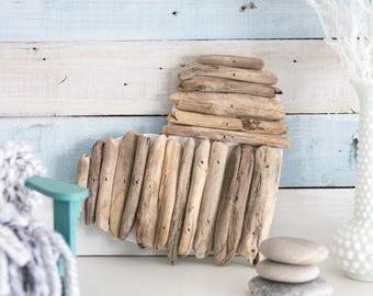 Small Driftwood Heart Decoration | Coastal Style Decorating | Handmade wall art | Made in Canada | Eco-friendly / Gift ideas
