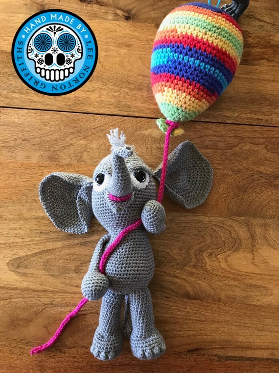 Amigurumi Elephant - FREE Crochet Pattern / Tutorial. First ... | 760x570