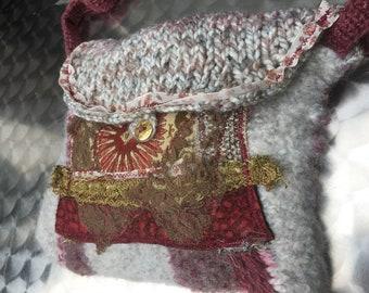 BAG, TOCCATA and FUGE, lace, red, gold,brocade,retro, baroque