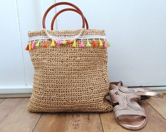 Recycled raffia handbag / straw bag / retro vintage style / tassel beach bag / circle handle bag / gifts for her