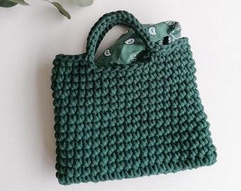 Deep green hand crocheted grab bag/ top handle/ wristlet style/ Christmas gift/ day bag/ sustainable/ square shape/ wrist style/ small bag