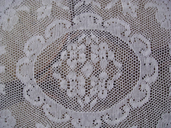 Ovale, centre de table Vintage - petite nappe, anglais Nottingham Cluny - Dentelle Leavers, décoration de Table blanc dentelle - petite nappe