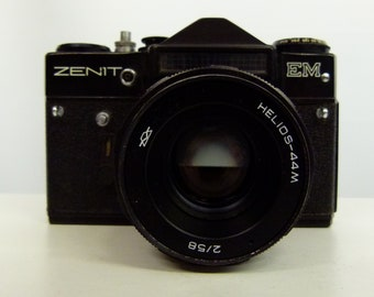Zenit EM - Black Russian SLR Camera with Helios 44M lens - Vintage 35mm Camera With Protective Case