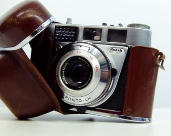 Vintage Kodak Retinette 1b 35mm Camera 1950's - Tested With Film  - With Leather Wraparound Case