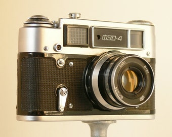 FED-4 - Russian USSR 35mm Camera - With Wraparound Case - Lomography - Russian Made - USSR