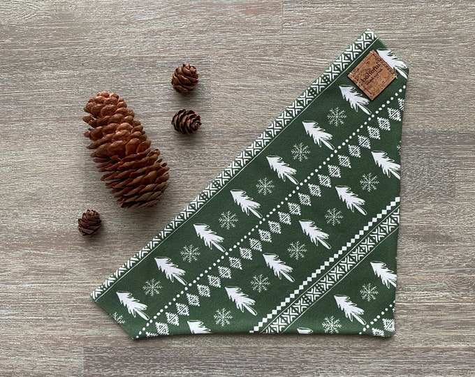 GOTS Organic Cotton Christmas Bandana - Green Scandi Christmas Trees *LIMITED *