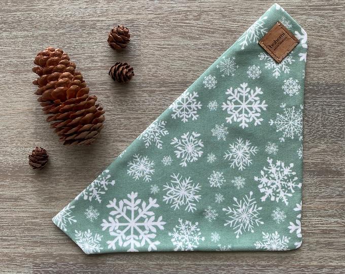 GOTS Organic Cotton Christmas Bandana - Mint Snowflakes *LIMITED *