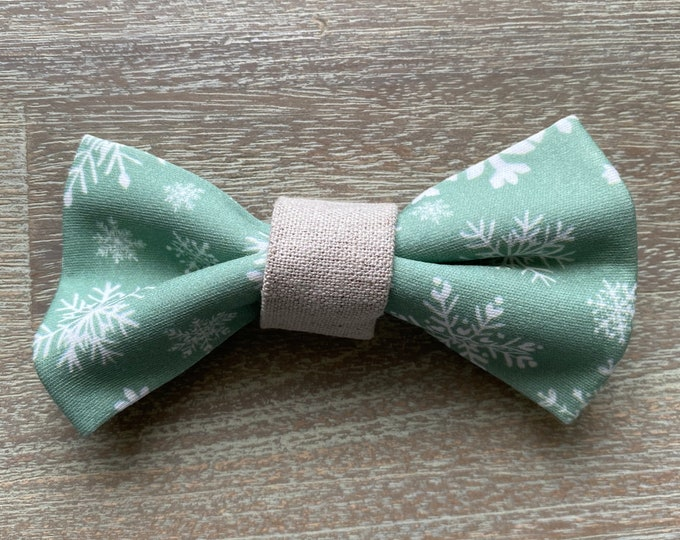 GOTS Organic Cotton Christmas Bow Tie - Mint Snowflakes *LIMITED *