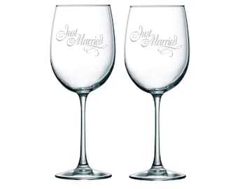 Just Married Wine Glass Set