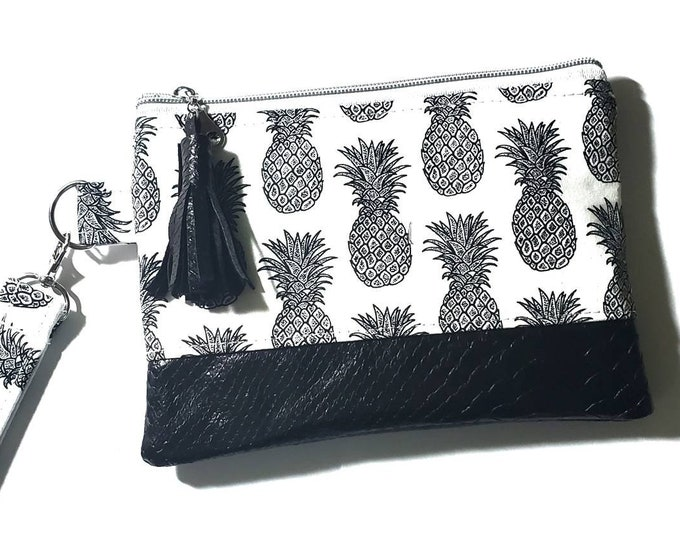 Pineapple mini clutch