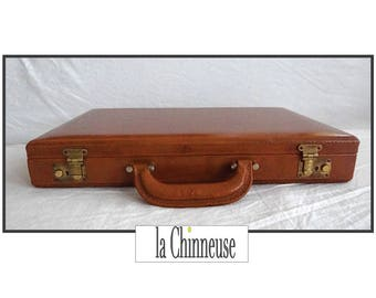 c3a472865bb VINTAGE leather suitcase   Vintage Leather Suitcase   luggage Vintage    Collectibles   Accessory   Gift for him   True Vintage.