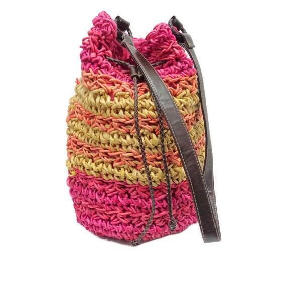 Straw Woven Bucket Handbag, Straw Shoulder bag, Ye