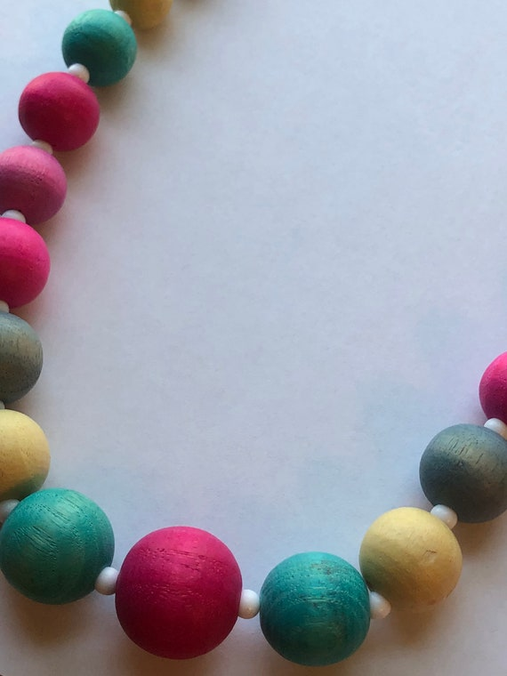 Retro Off White And Turquoise Plastic Beaded Necklace Item K # 193
