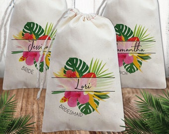 Beach Wedding Party Gift Bags Personalized     Bridesmaid Jewelry Bag    Customized Bridal Party Favor Bags