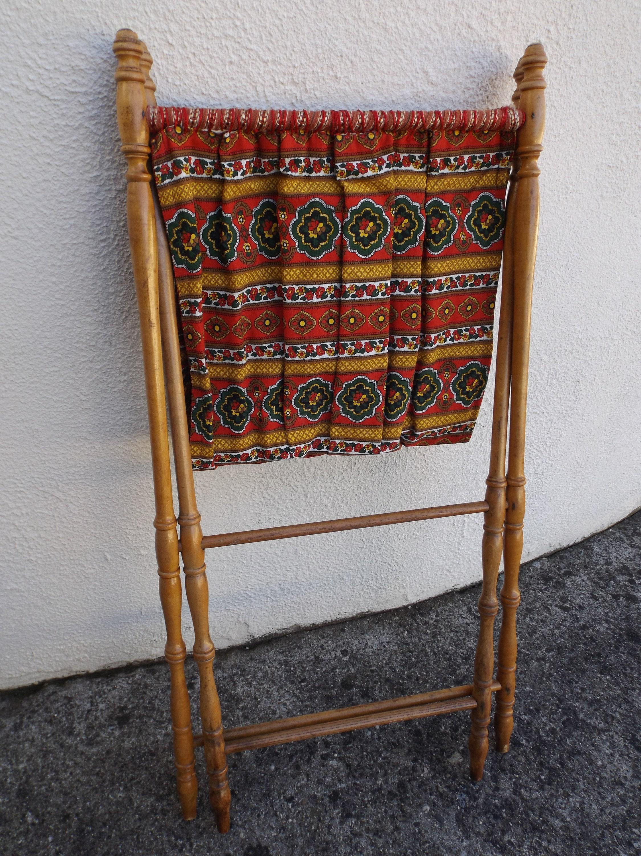 porte revue en bois imitation bambou vintage meuble pliable etsy. Black Bedroom Furniture Sets. Home Design Ideas