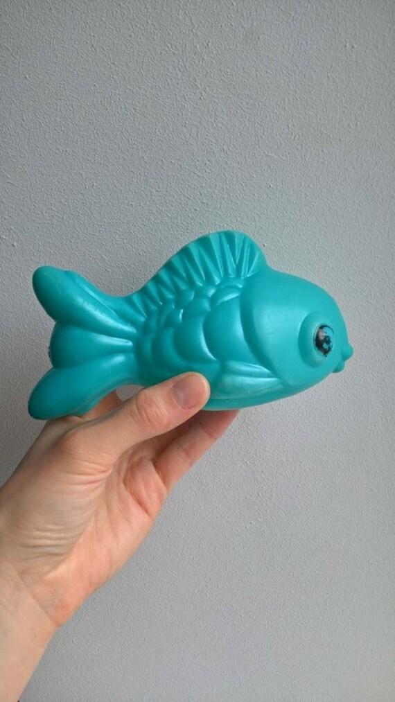 fish 01 POCHROIR PLASTIC 13-13cm