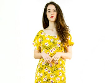 Florida model dress, short sleeve, straight, yellow color with flowers, limited edition, made in Barcelona, fashion proximity, cotton