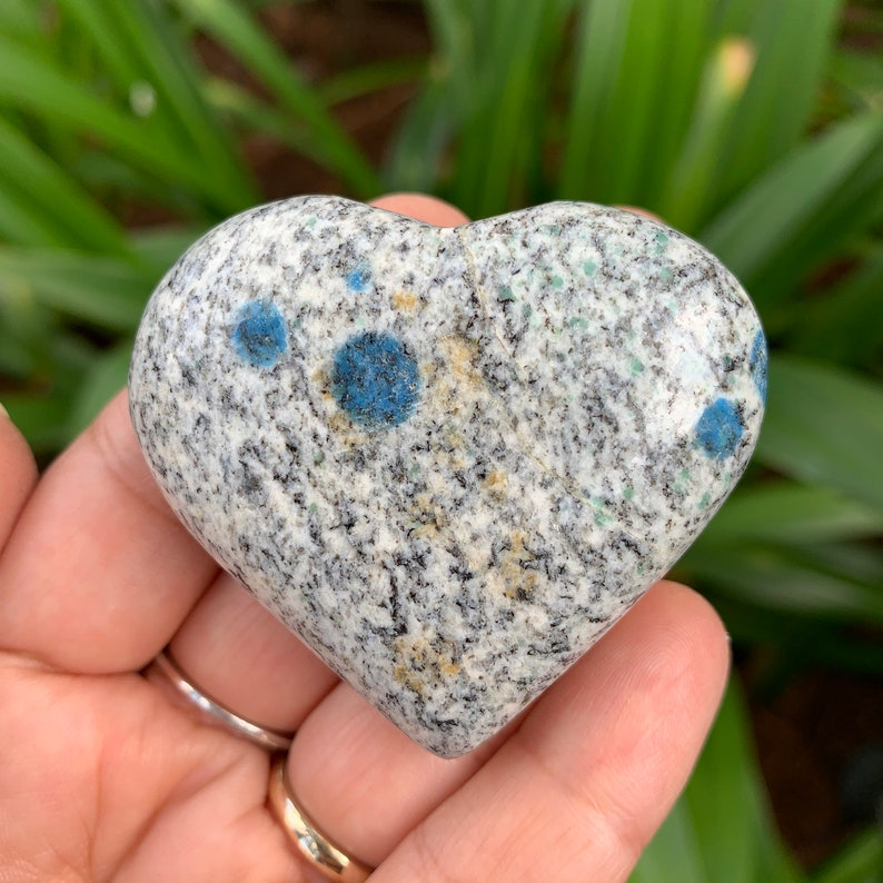 K2 Stone Heart Raindrop Azurite Heart Carving Fully image 0