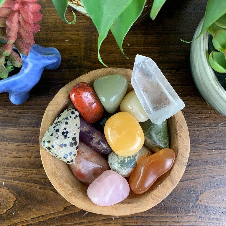 13 Piece Tumbled Stone Teak Wood Bowl Set With A Quartz image 0
