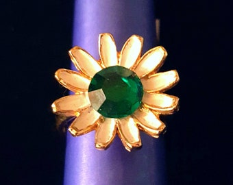 WEISS vintage daisy flower ring, adjustable green and white flower ring - antique jewelry, unique gift