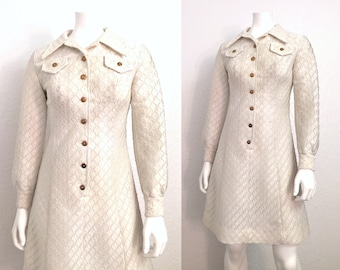 Vintage 1970s Structured Western Collared Button Up White Dress Small S