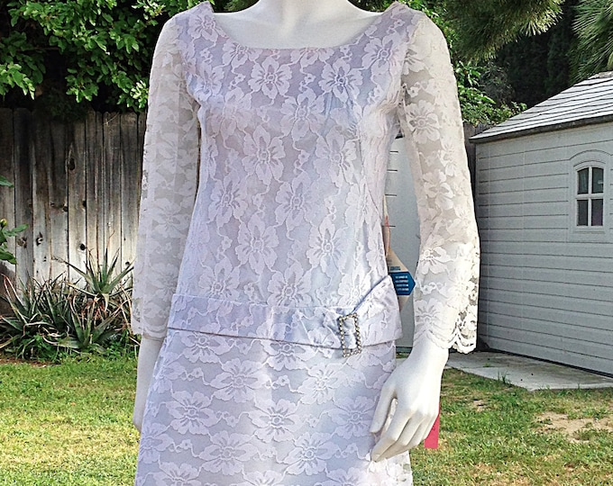 Vintage 60s MOD GoGo Space-Age Twiggy Blue White Lace Special Occasion Petite Juniors Mini Dress
